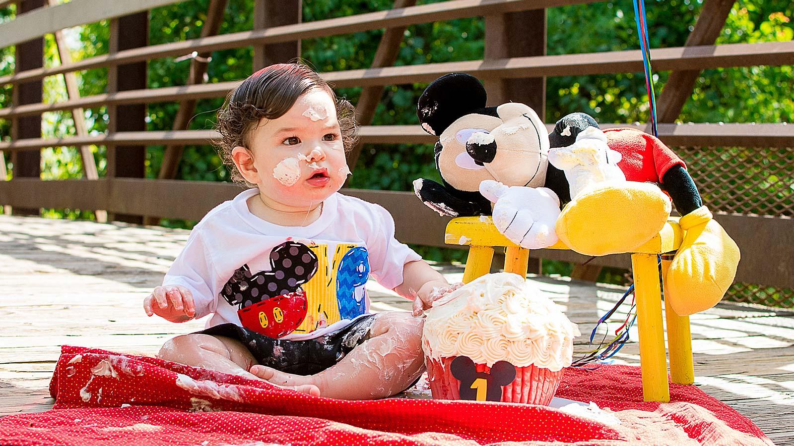 First Birthday Cake Smash Portrait by Needville, Texas Family Photographer Kristen Richards Photography
